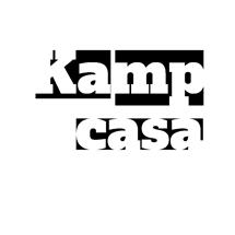 Kampcasa logo wit